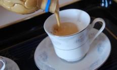 Evde Makinesiz Cappuccino Nasıl Yapılır?