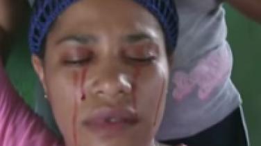 Kadın Kan Ağlıyor