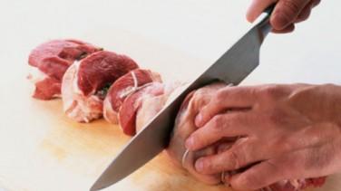 Kurban Eti Keserken Boğazını Kesen Kadın Öldü
