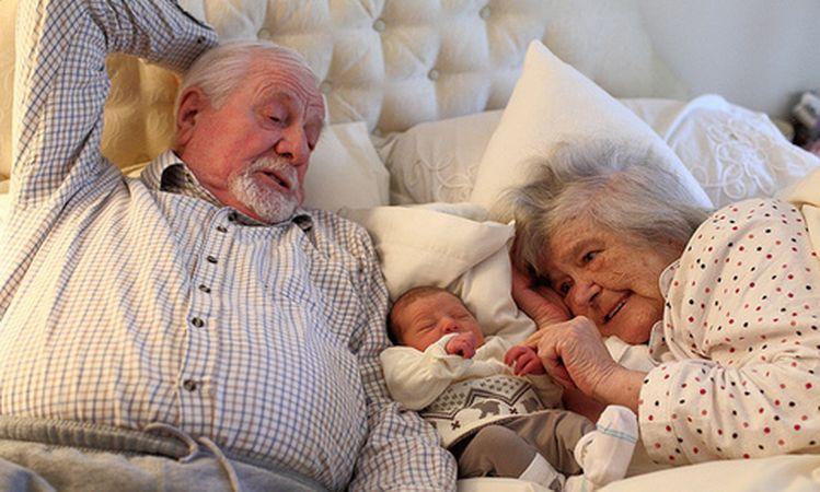 Doktorlar Bile Şaşırdı! 68 Yaşında Olan Çift Olumlu Cevap Verdi